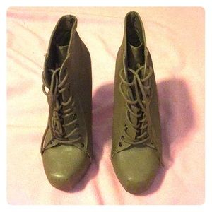 High heeled boots size 7 1/2